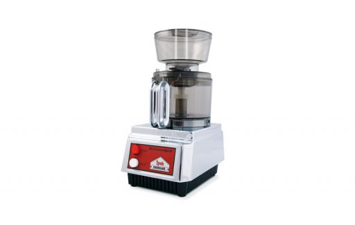 Die Getreidemühle, das Herzstück jeder Küche - bestehend aus Basisgerät + Entsafter + Zitruspresse + Kornmühle. Ein echtes Bio-Universalgerät.